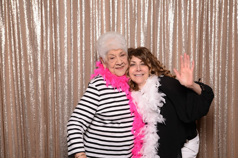 20180324_MoPoSo_Seattle_Photobooth_Number6Cider_Thoms50th-10.jpg