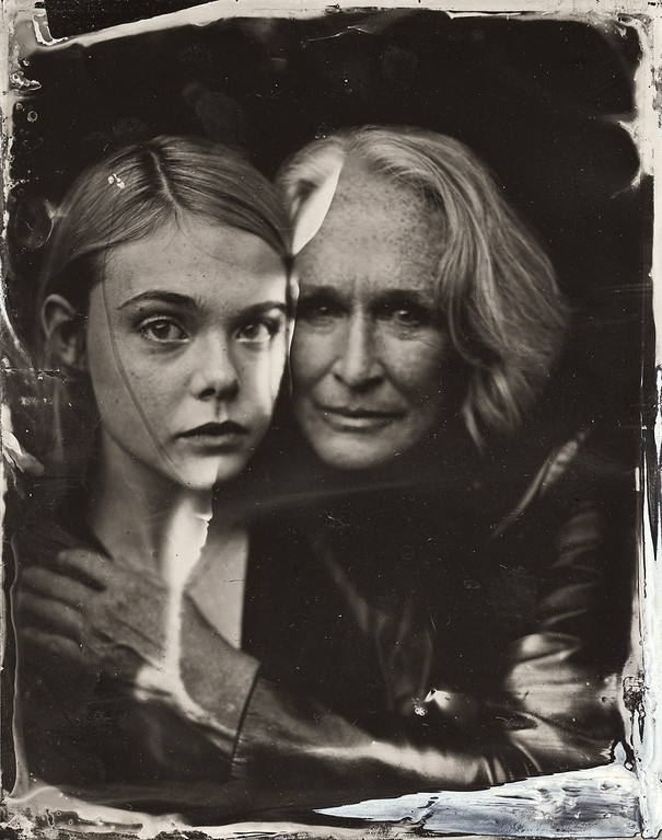 . Elle Fanning and Glenn Close pose for a tintype (wet collodion) portrait at The Collective and Gibson Lounge Powered by CEG, during the 2014 Sundance Film Festival in Park City, Utah. (Photo by Victoria Will/Invision/AP)