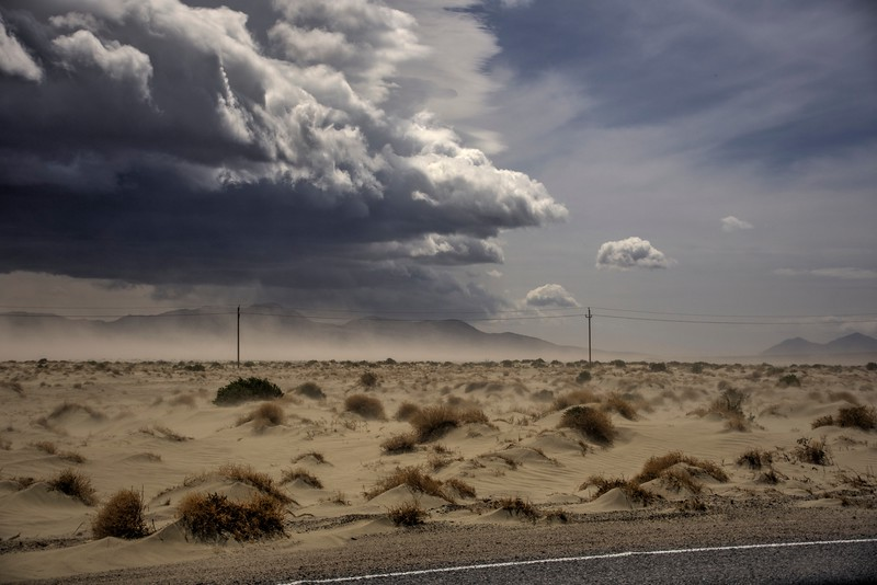 Dust-storm-brewing-owens-Valley-CA-Beechnut-Photos-rjduff.jpg