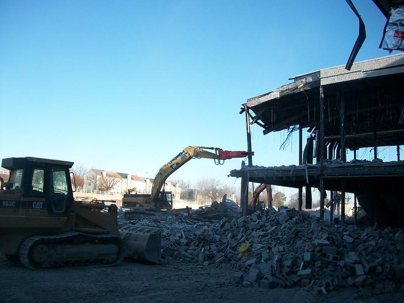 NPK M38K demolition shear on Cat excavator-commercial demolition (3).JPG