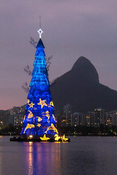 Largest floating Christmas tree, Rio de Janeiro - December, 2013
