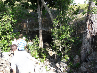 Haiti MediShare The Cave.