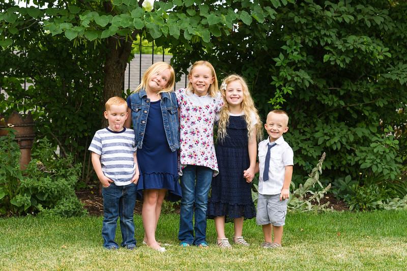 AG_2018_07_Bertele Family Portraits__D3S4105-2.jpg