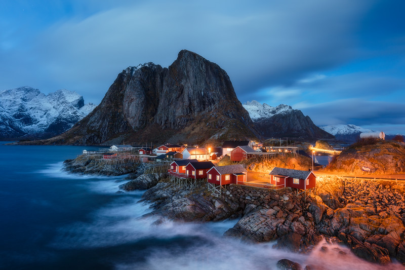 Hamnøy blue hour lofoten norway night 1.jpg