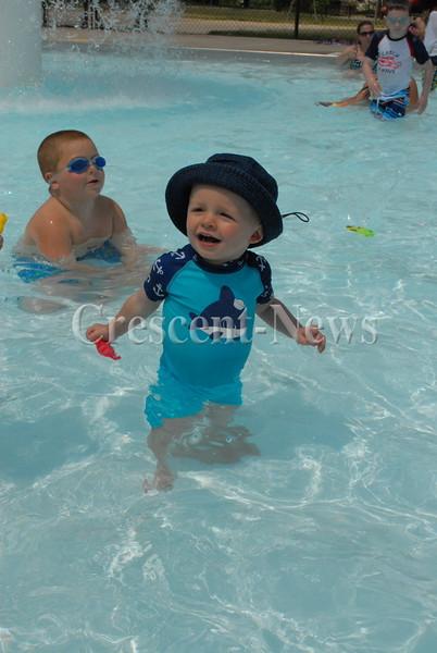 06-20-16 NEWS kingsbury pool