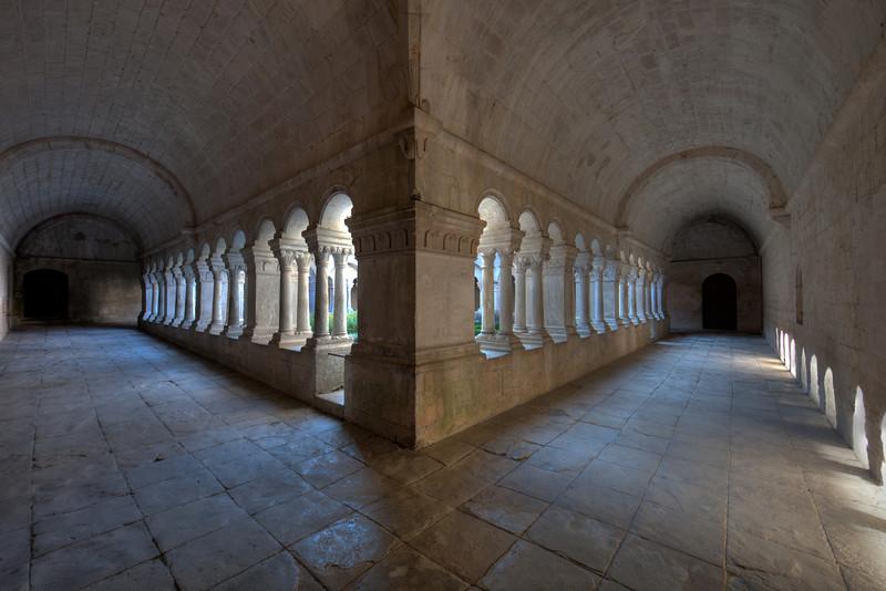 Sénanque, Notre- Dame Abbey Cloister Aisles