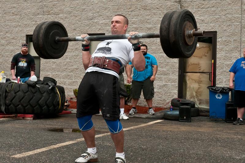 Fitness Revolution Strongman Challenge 2011_ERF3772.jpg