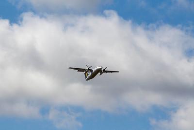Dash-8-Q100 Bombardier