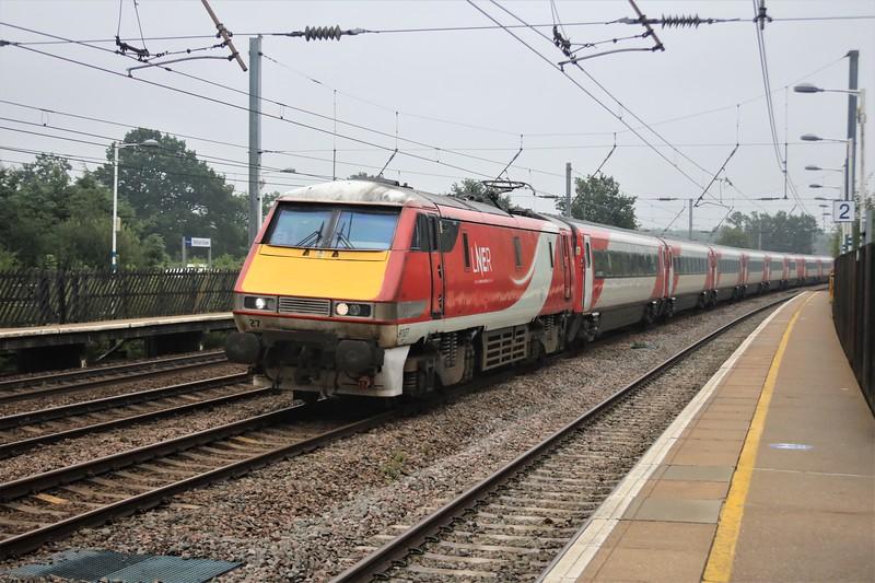 91127_82211 passing Welham Green at 1248/1D14 Kings Cross to Leeds