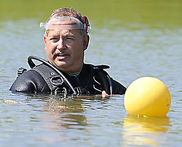 Dive Team Searches Lake