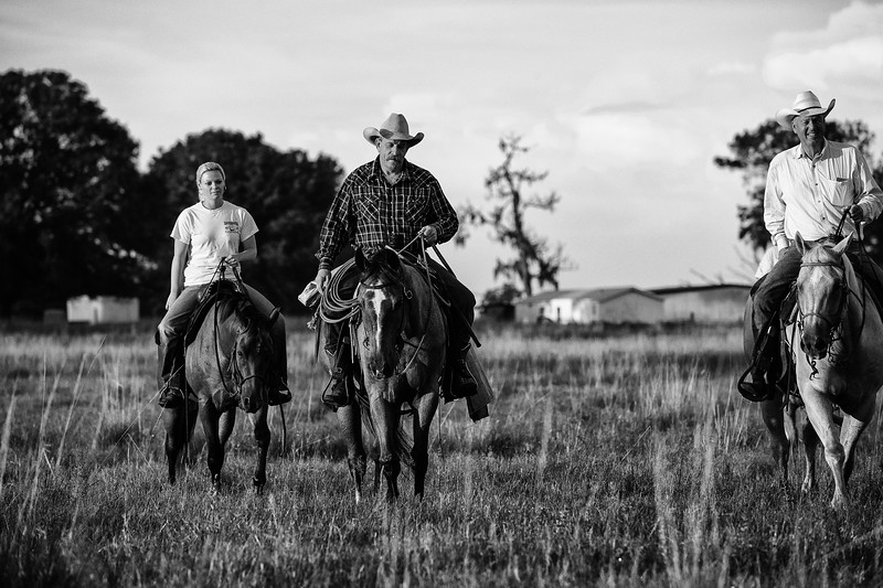 Breely Barthle Ranch B&W 3 (7 of 46).jpg