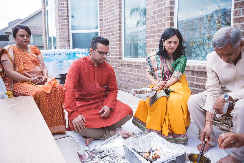 Smiral + Fae - Grahshanti & Mehndi - D750 - Card 1-8761.JPG