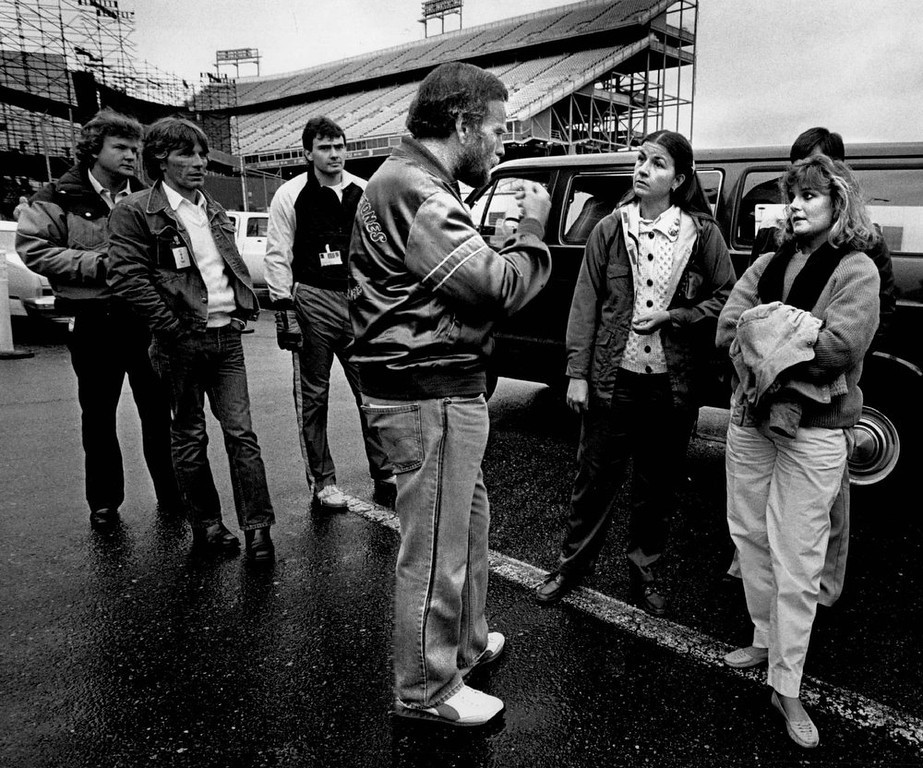 . Concert promoter Barry Fey explained ticket exchange policy to fans who had flown in from Salt lake. They had purchased tickets by phone. (Photo By Karl Gehring/The Denver Post)