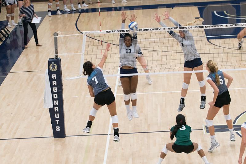 HPU Volleyball-92619.jpg