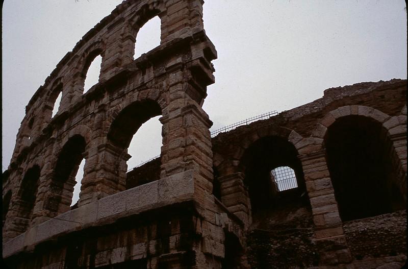 Italy1_024.jpg