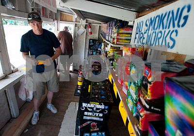 officials-urge-safety-in-lighting-fireworks-this-fourth-of-july