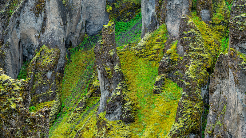 139 Fjadrargljufur Canyon Wall Panorama 16x9.jpg
