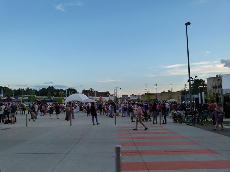 1040111 Crosstown Concourse.JPG
