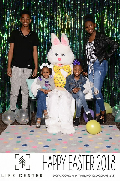 20180331_MoPoSo_Tacoma_Photobooth_LifeCenterEaster18-125.jpg