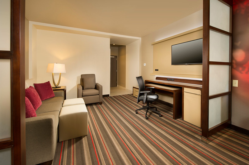 43-Suite Seating-CY Grapevine.jpg