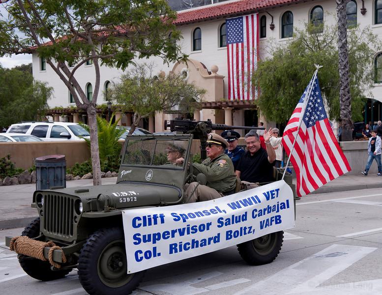 Vet Parade SB2011-005.jpg