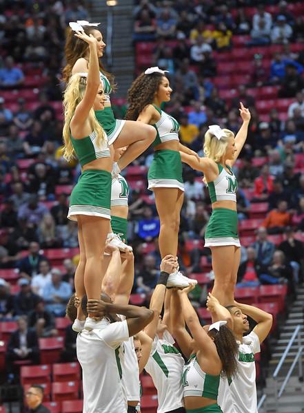 cheerleaders0745.jpg
