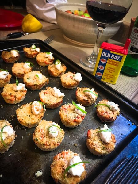 mini lobster cakes.jpg