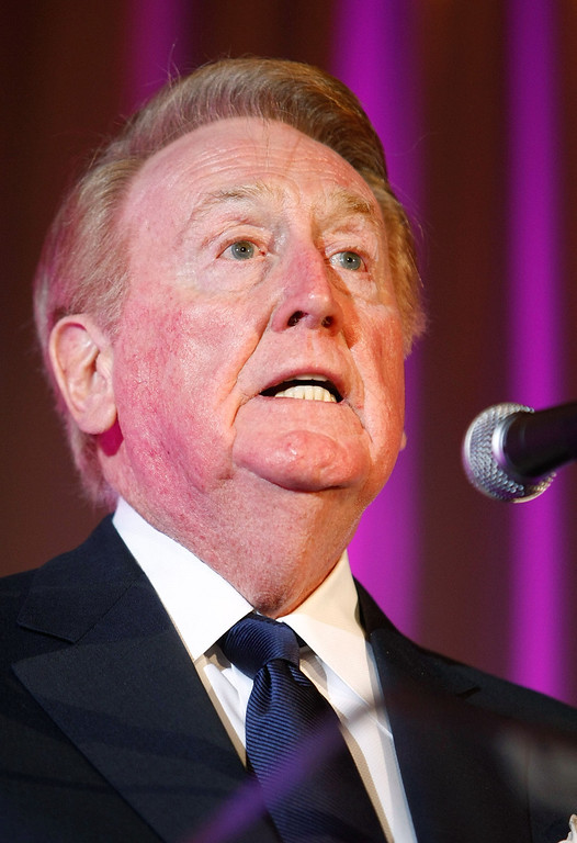 . LOS ANGELES, CA - MARCH 09:  Los Angeles Dodgers announcer Vin Scully speaks during the 2009 AFTRA Media and Entertainment Excellence Awards at the Biltmore Hotel on March 9, 2009 in Los Angeles, California.  (Photo by Michael Buckner/Getty Images)