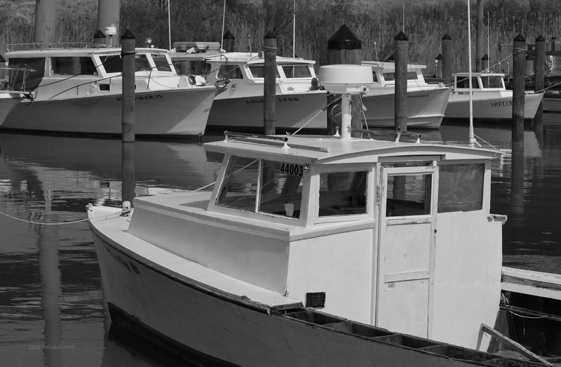 Workboat2BW.jpg
