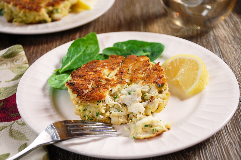classic-crab-cakes-2.png