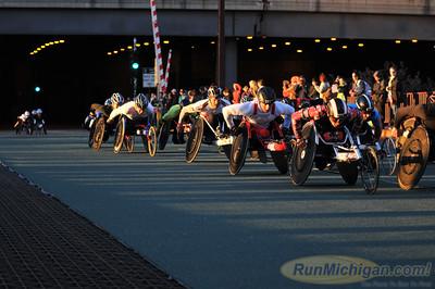 Early Race - 2014 Chicago Marathon