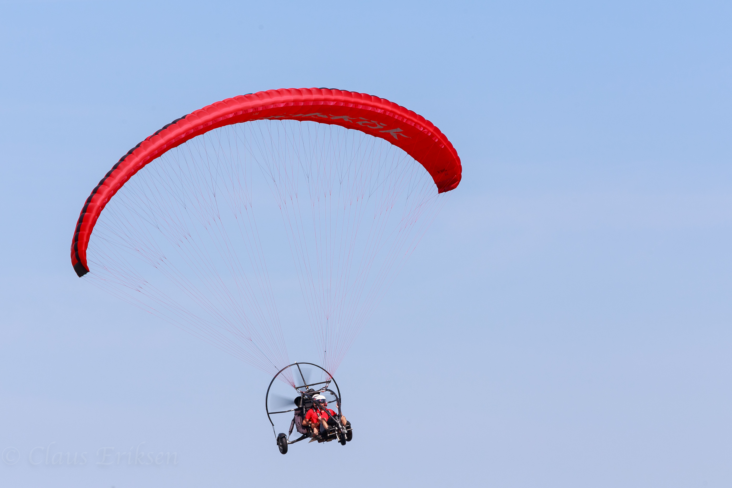 Advanced paraglider