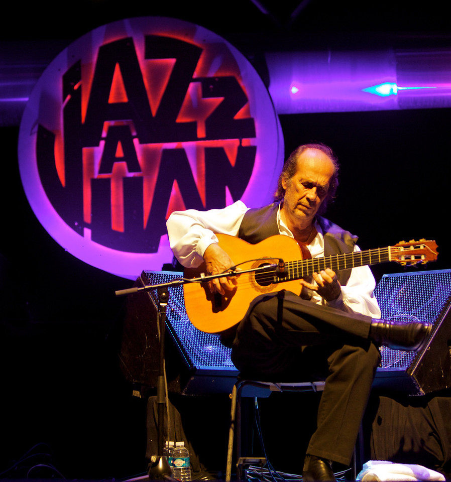 Paco de Lucia at Jazz à Juan 2010 2<br /> Paco de Lucia in concert at Jazz à Juan 2010
