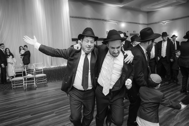 Miri_Chayim_Wedding_BW-747.jpg
