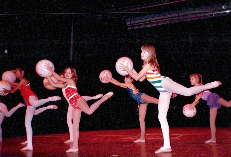 Dance_2597_a.jpg