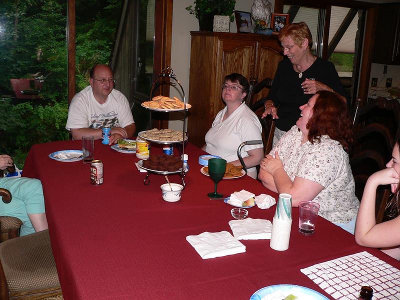 Voorhees Reunion Sherman CT 2005 187.jpg