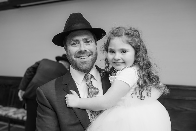 Miri_Chayim_Wedding_BW-424.jpg