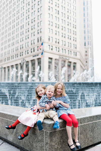 downtown-detroit-family-session-intrigue-photography-34.jpg