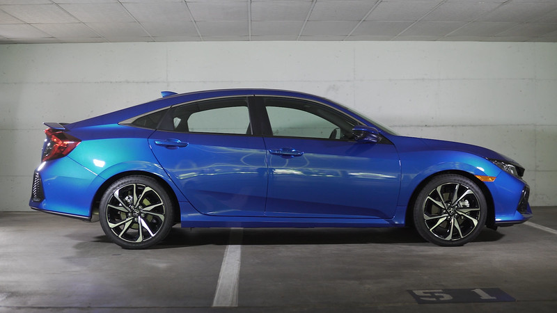 2017 Honda Civic Si 4DR HPT Parked Reel