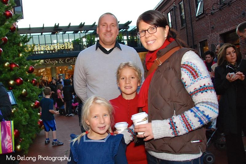 Jari, Axel, Emilia and Katarina Salomaa.jpg