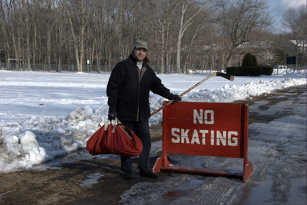 Pond Hockey in Newton
