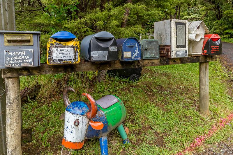 Auch ein alter Mikrowellenofen kann als Briefkasten dienen