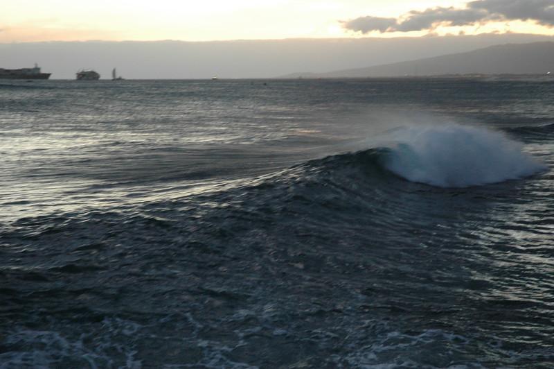 Hawaii - Ala Moana Beach Sunset-169.JPG