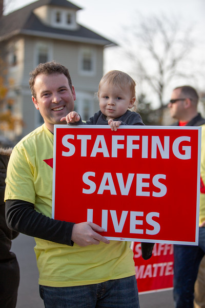 11-4-2019 Staffing Picket (43).jpg