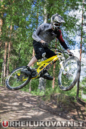 2012.06 Kalpalinna Downhill training