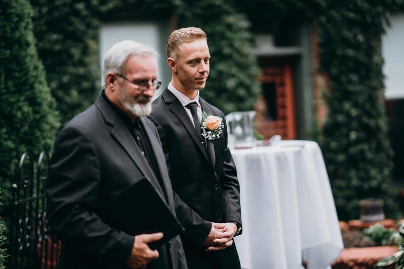 [Ceremony] Caitlin-Aaron-27.jpg