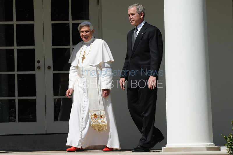 President Bush and Pope Benedict XVI walk to The Oval Office at The White House.