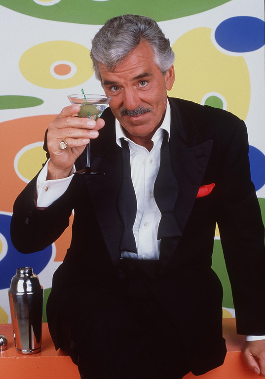 """. 1998 Dennis Farina Stars In The New Series \""""Buddy Faro.\"""" (Photo By Getty Images)"""