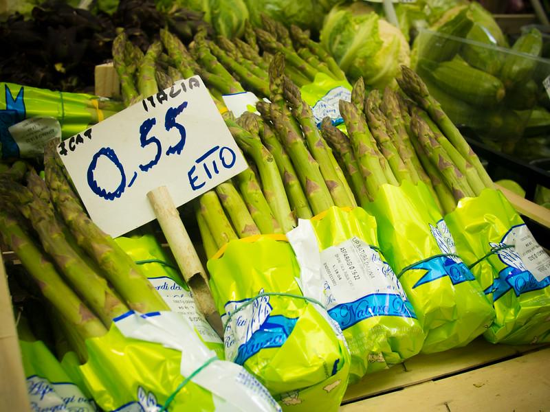 market asparagus.jpg
