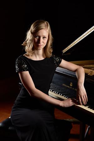 Sarah Muehlbauer, Pianist